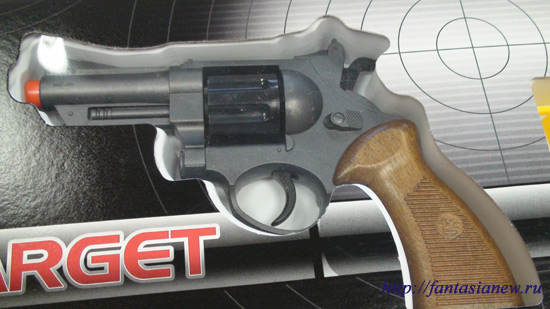 626 Детский тир Edison Giocattoli револьвер детский